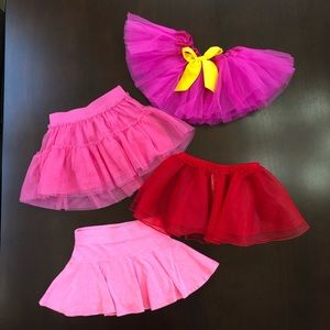Lot of 4 tutus/skirts for toddler girl
